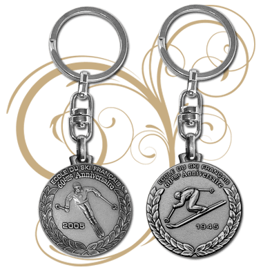 Custom metal keychain - Special metal gifts - Fia Medals